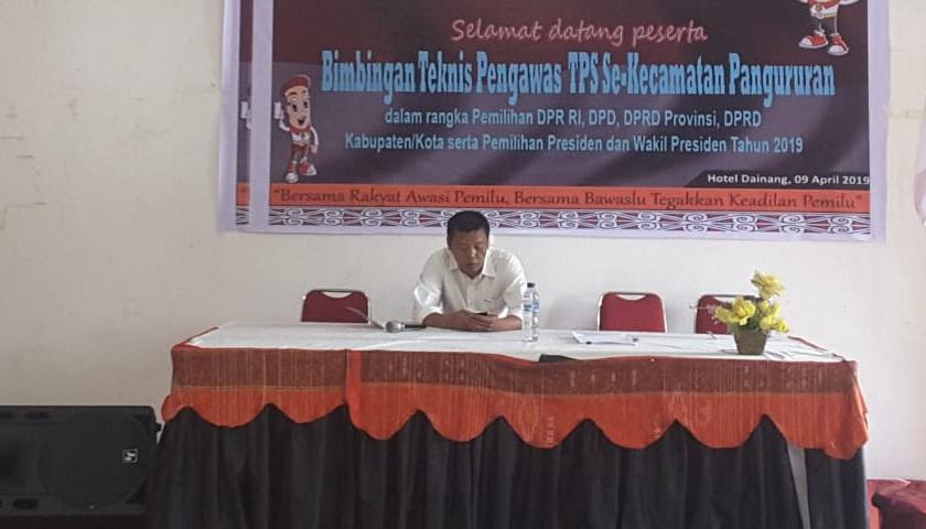 Panwaslu Kecamatan Pangururan Gelar Bimtek Pengawas TPS