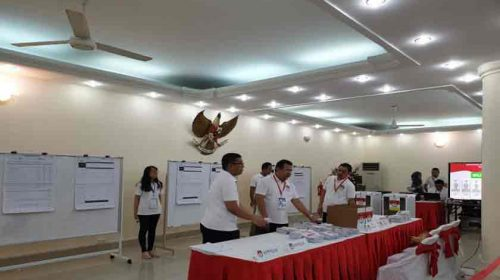Capres dan Cawapres Jokowi-Ma'ruf Unggul di Vietnam