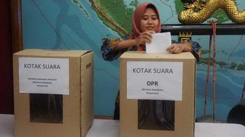 Jokowi-Ma'ruf Bahas Pengawalan Suara dengan Ketum Parpol