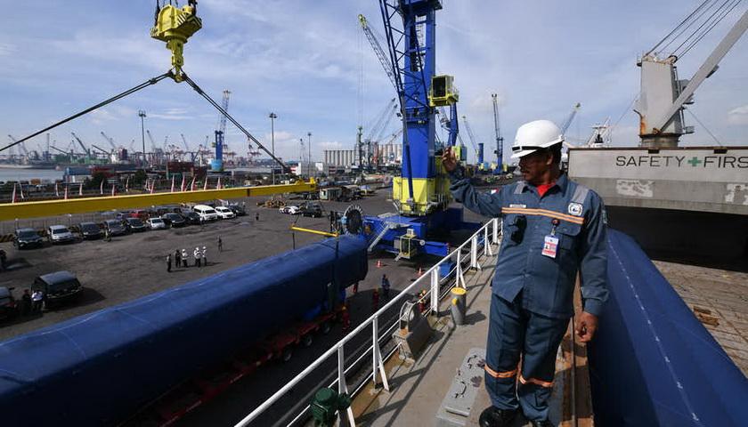 BPS: Neraca Perdagangan April Defisit US$2,5 Miliar