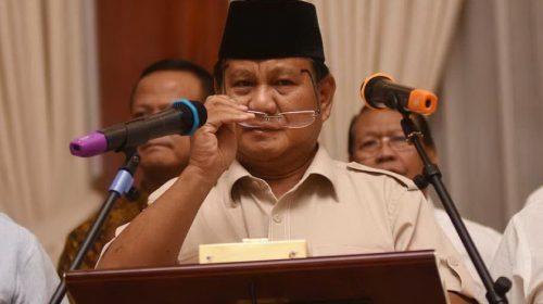 Pendemo dan Aparat Bukber, Prabowo Serukan Aksi Dihentikan