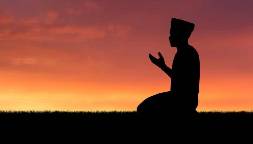 8 Waktu Doa Paling Mustajab Selama Bulan Ramadan