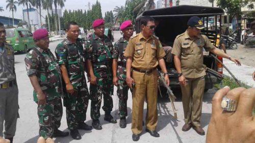 Berjualan di Trotoar, Camat Belawan Tertibkan PKL