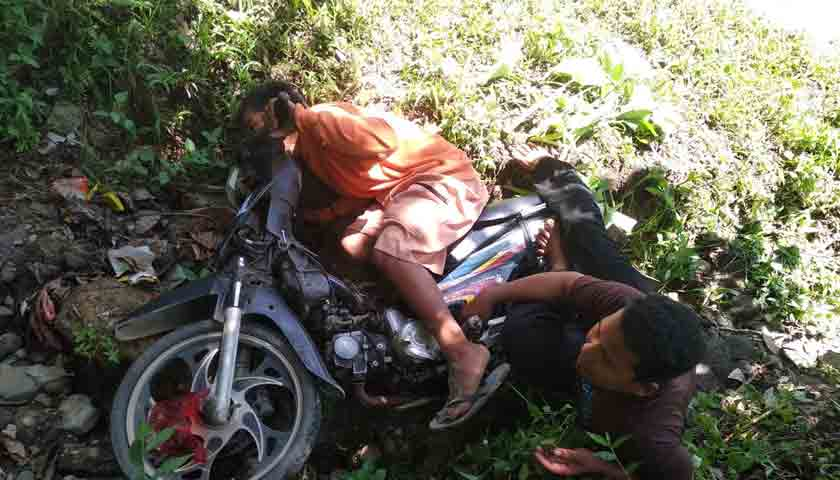 Jalan Berlubang Telan Korban, Duo Sembiring Masuk Jurang
