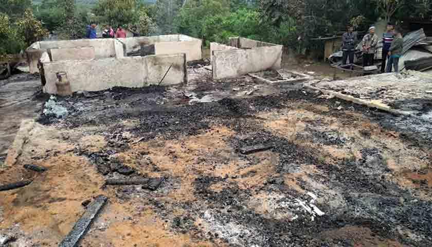 Remaja Tewas Terbakar di Rumah saat Orangtua Pulang Kampung