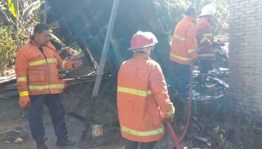 Tabung Gas Meledak di Tebing Tinggi, Dua Rumah Semi Permanen Terbakar