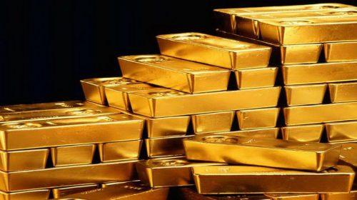 Harga Emas Turun Dilanda Aksi Ambil Untung