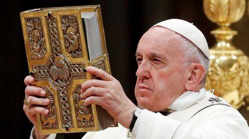 Setelah Riset 16 Tahun, Paus Fransiskus Setuju Doa Bapa Kami Diubah