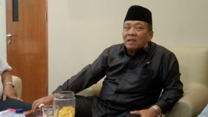 Ketua DPRD Sumut : Gubernur dan 7 Bupati Harus Kompak Bersihkan KJA di Danau Toba