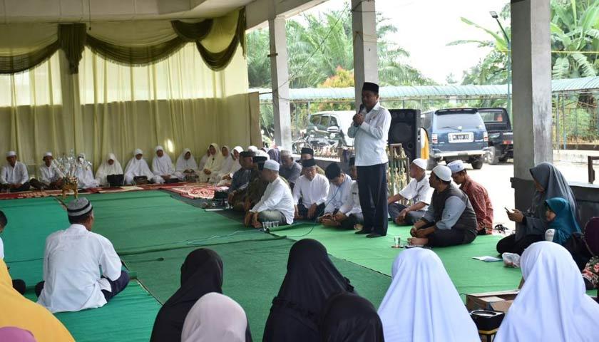 Wabup Sergai Tepung Tawar Jama'ah Calon Haji Kecamatan Dolok Masihul