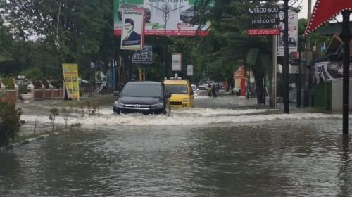 Aset Dialihkan ke Pihak Ketiga, Banjir dan Sampah tak Teratasi