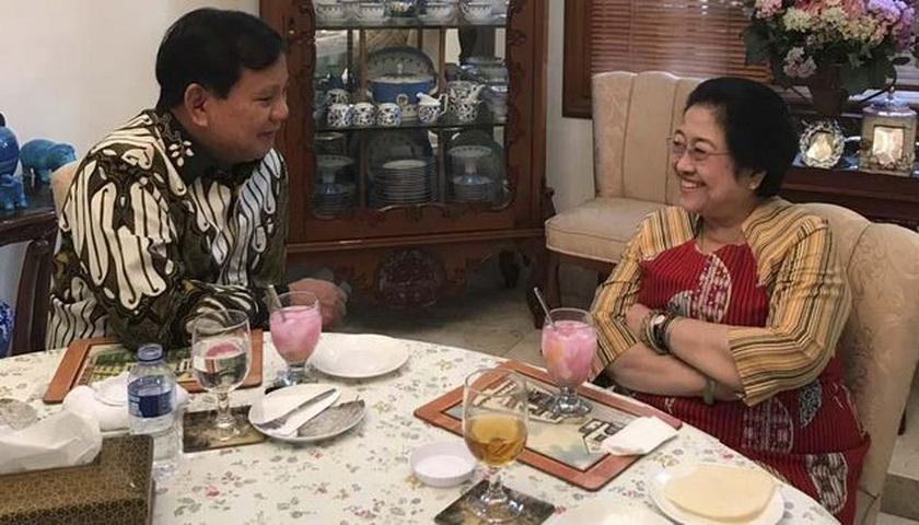 Hati Prabowo Luluh Karena Nasi Goreng Megawati