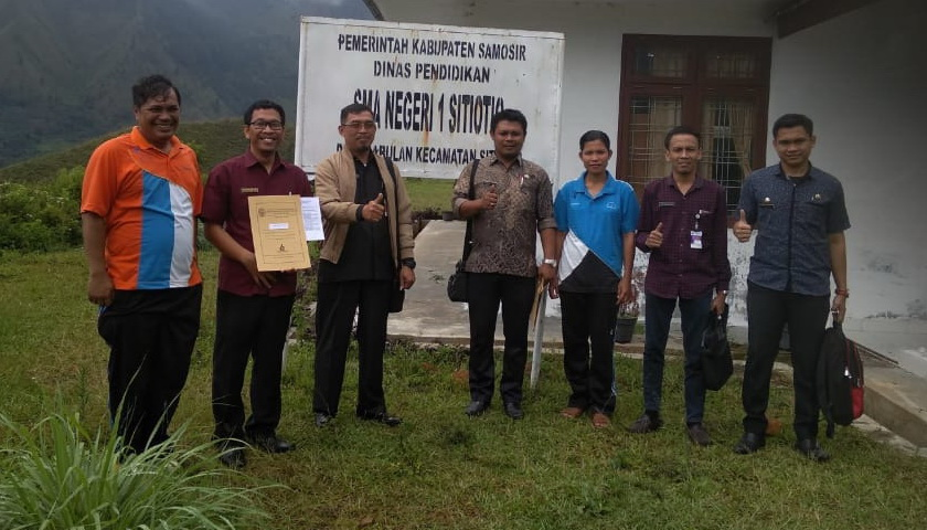 Oknum Plt Kepala SMAN 1 Sitiotio Samosir Jarang Masuk Kantor