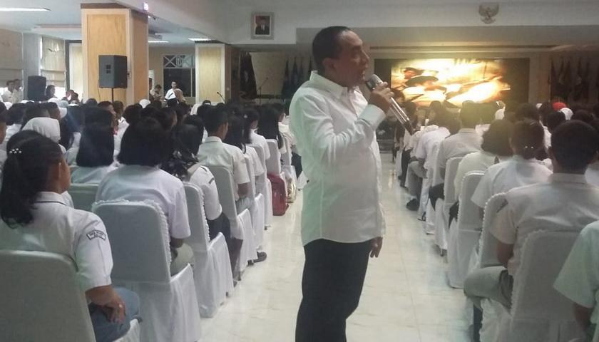 Gubsu Edy Rahmayadi Apresiasi Dinas Pendidikan Sumatera Utara dan Siswa Berprestasi