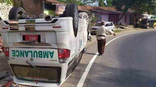 Antar Jenazah, Ambulans Tabrak Truk, 5 Korban Tewas