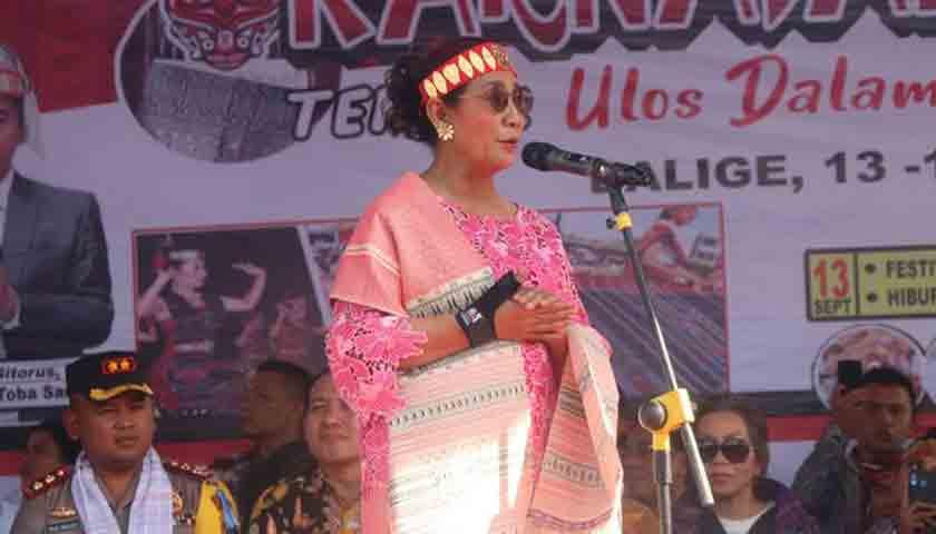Menteri Susi Pudjiastuti: PR Masyarakat Ciptakan Danau Toba Aman dan Nyaman!