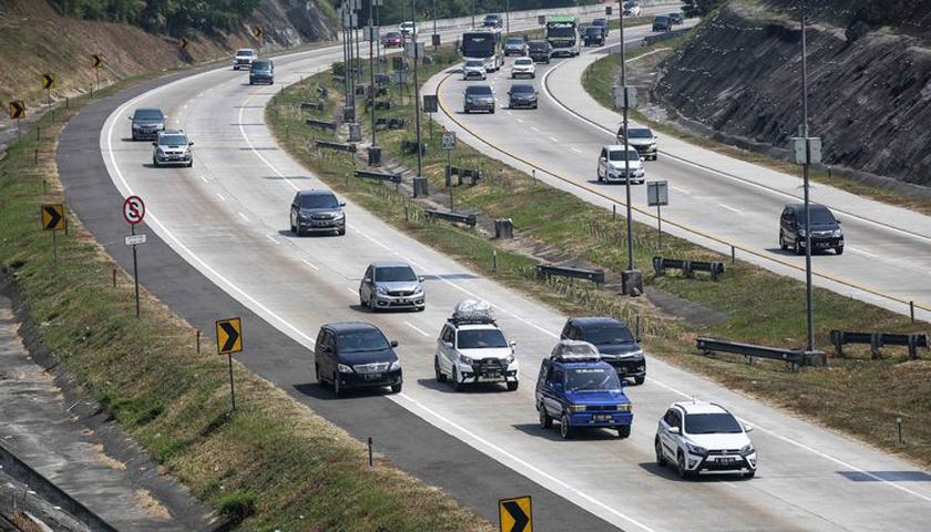 Banyak Pengemudi Belum Paham Batas Kecepatan di Tol