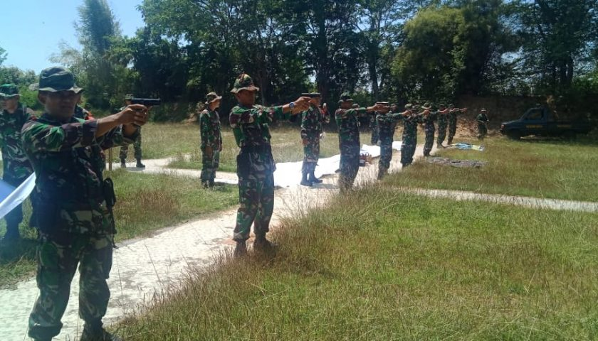 Menembak Asah Ketangkasan, Prajurit Kodim 0831 Surabaya Timur Gelar Latihan