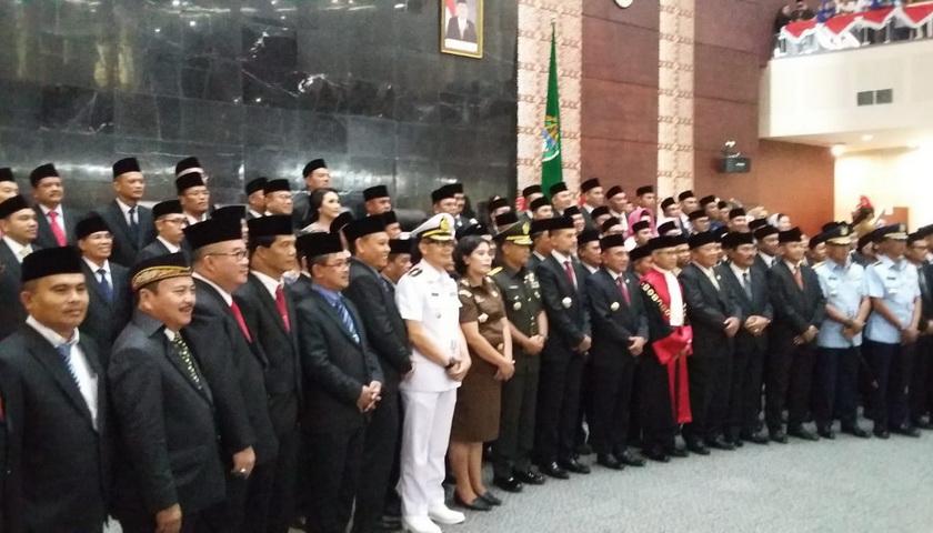 Ketua Pengadilan Tinggi Sumut Lantik 100 Anggota DPRD Sumut