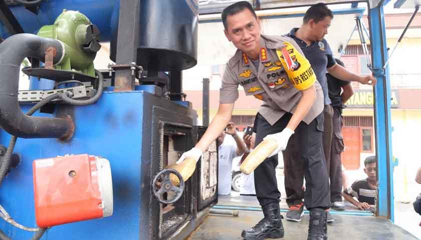 Sat Narkoba Polrestabes Medan Musnahkan 169 Kg ganja dan 9,5 kg Sabu