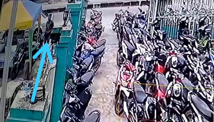 Maling Gondol Sepeda Motor Saat pemiliknya Sholat Jumat di Aceh Singkil