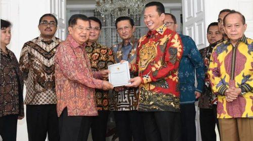 Jusuf Kalla Pastikan Hadir di Prosesi Pergantian Dirinya dengan KH Ma'ruf Amin