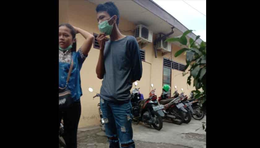 Gegara Kaca Spion, Sopir Angkot Dianiaya