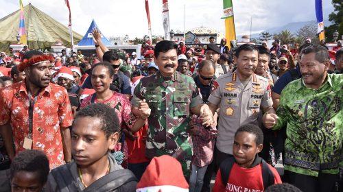 TNI dan Polri Selalu Hadir Terdepan di Masyarakat