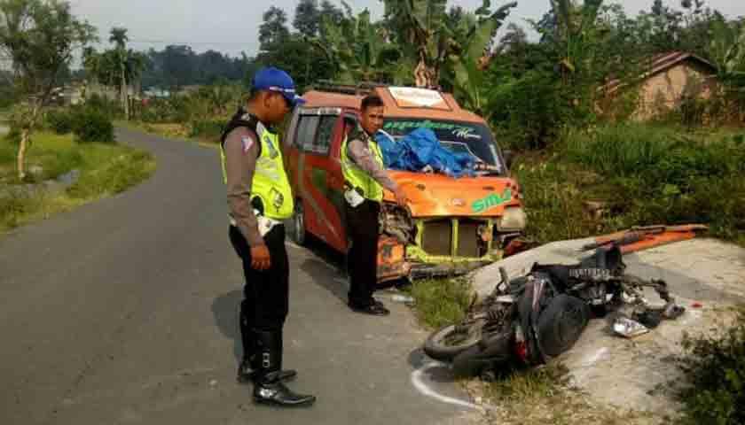 Simarjarunjung vs Sepeda Motor, Sinaga Tewas Menuju Rumah Sakit