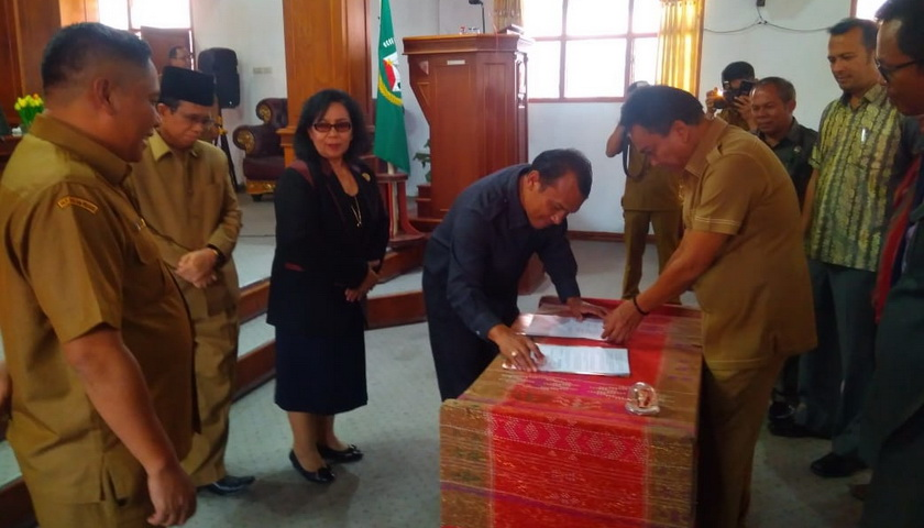Enam Fraksi DPRD Taput Sejutui RPJMD Tapanuli Utara