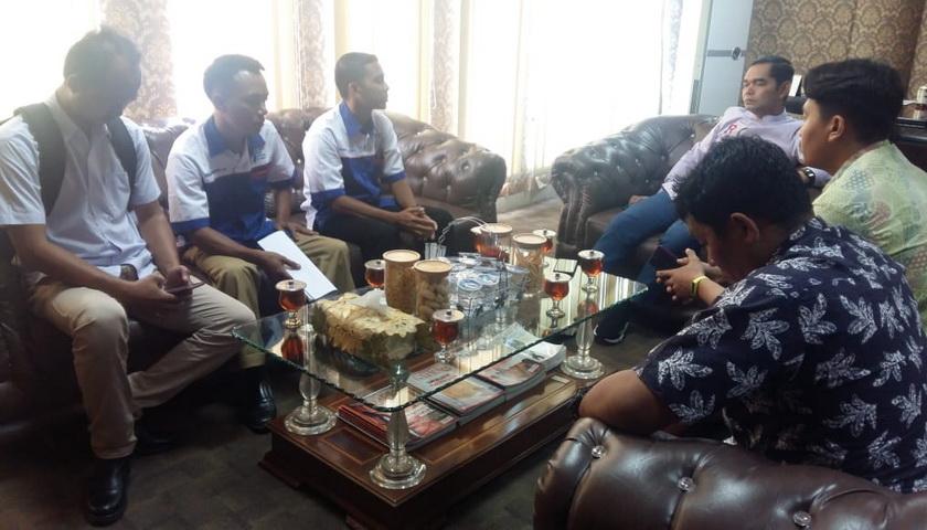 Merasa Diabaikan, Perwakilan Guru Honorer Temui Wakil Ketua DPRD Medan