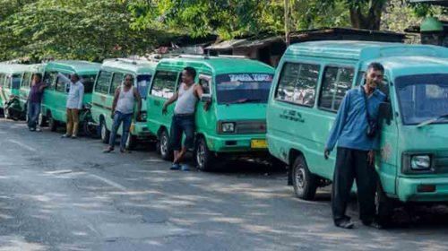 Miris..!!! Kisah Pengusaha Angkutan, Penumpang Sepi, Jual Angkot secara Kiloan