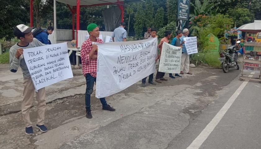 AGMP Unras di Pekuburan Muslim Sei Sikambing Medan Tolak Jenazah Bom Bunuh