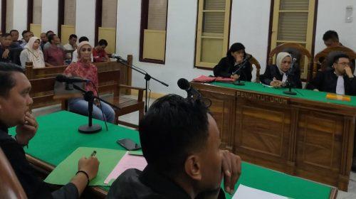 Sebarkan Hoaks Seolah Cagubsu Djarot Bagi-bagi Uang, Dewi Budiati Divonis 7 Bulan