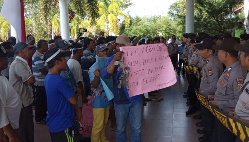 Dinilai tak Berpihak pada Aspirasi Masyarakat, Anggota DPRK Aceh Singkil Dikecam
