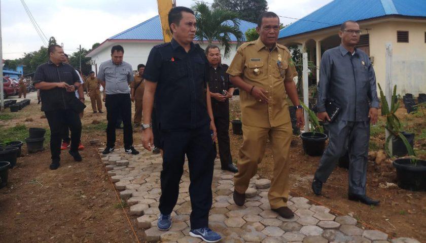 Kunker DPRD Medan, Minta Maksimalkan Pembibitan Buah dan Bunga di Medan