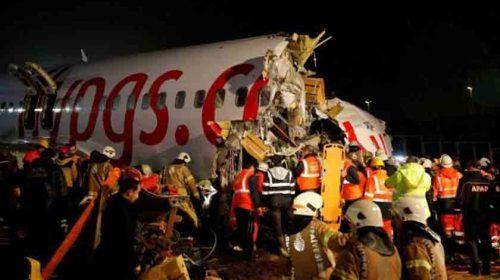 Terbelah 3, Kecelakaan Pesawat, Ratusan Penumpang Selamat