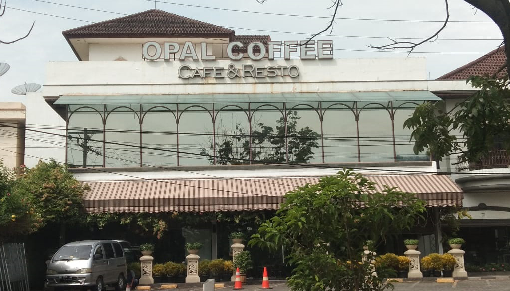 aksi demo karyawan Opal Coffee Indonesia
