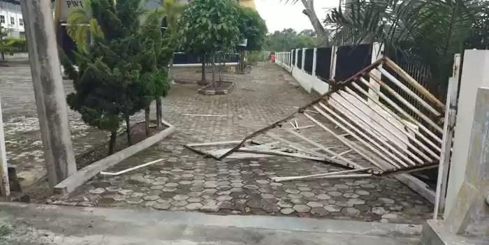 Kantor PWI Riau Diserang
