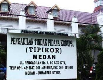 Perkara Suap H Buyung Dipastikan Digelar di Pengadilan Tipikor Medan