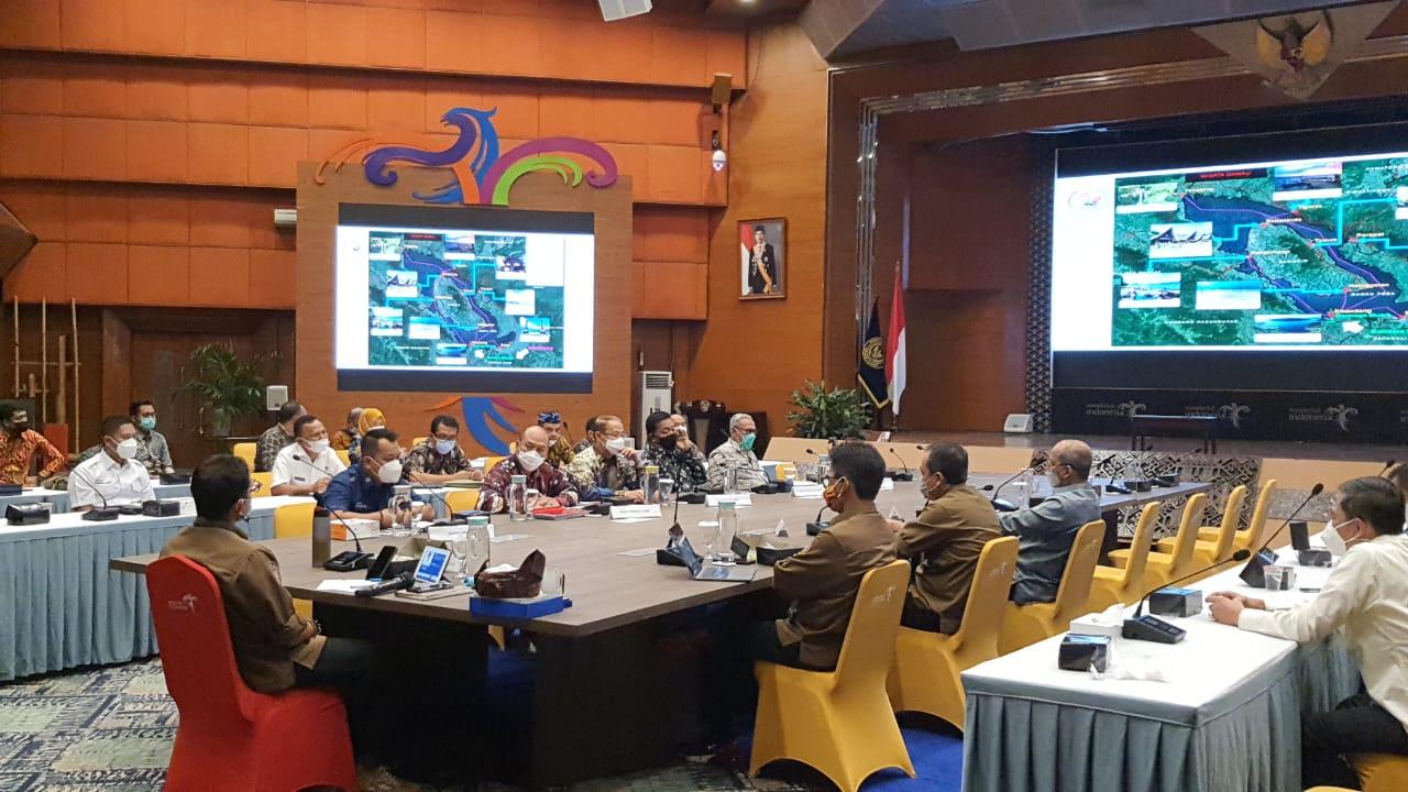 Bupati Taput Paparkan Potensi Pariwisata Holistik Terintergrasi Komprehensif di Hadapan Menteri Pariwisata