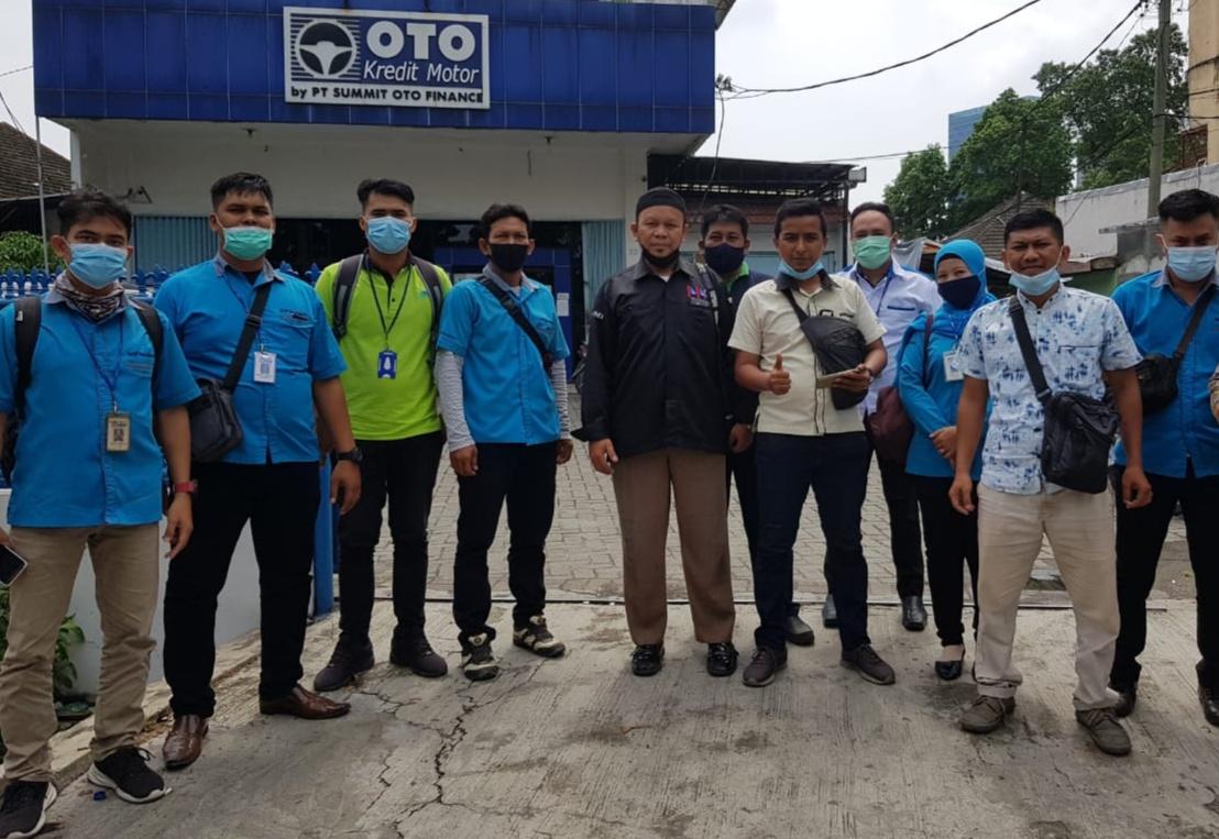 PT Summit Oto Finance PHK Sepihak 10 Orang Karyawan