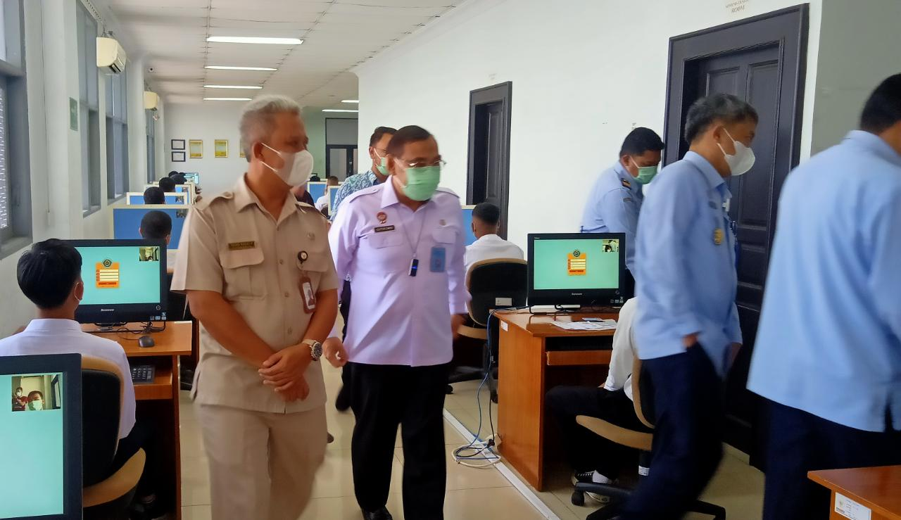 Tinjau SKD Catar Poltekip/Poltekim Karowai Kemenkumham RI Ingatkan Peserta Tidak Percaya Oknum Janjikan Kelulusan