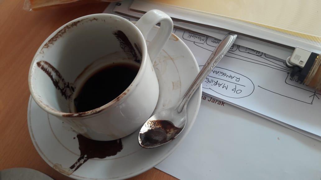 rutin minum kopi