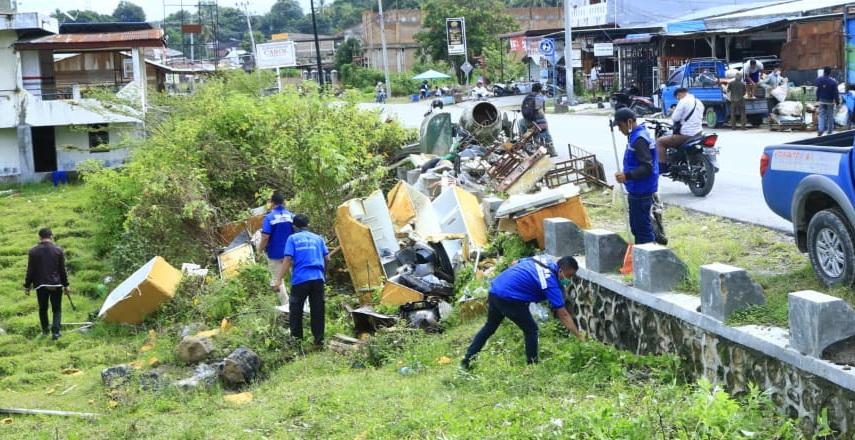 Pemerintah Kabupaten Samosir Laksanakan Gotong Royong Jumat Bersih