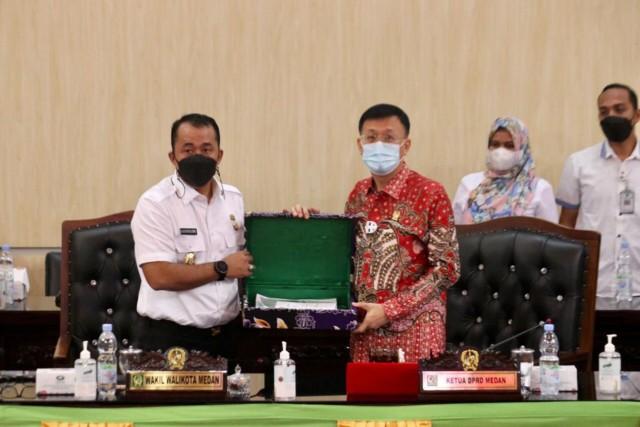Walikota Medan Sampaikan RPJMD Medan Tahun 2021-2026