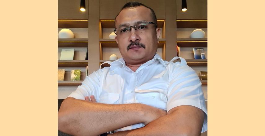 Efendi Simbolon selalu negatif berpendapat terhadap Jokowi