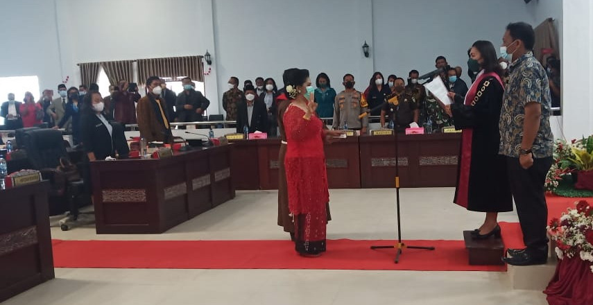 Pengganti Ketua DPRD Samosir Dilantik