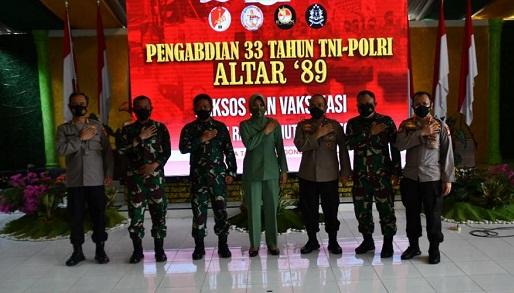 Meriahkan HUT TNI Ke-76, Altar 89 Gelar Baksos dan Vaksinasi