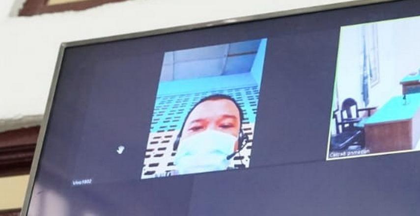 persidangan secara video teleconference